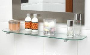 Baldas y estantes de cristal a medida